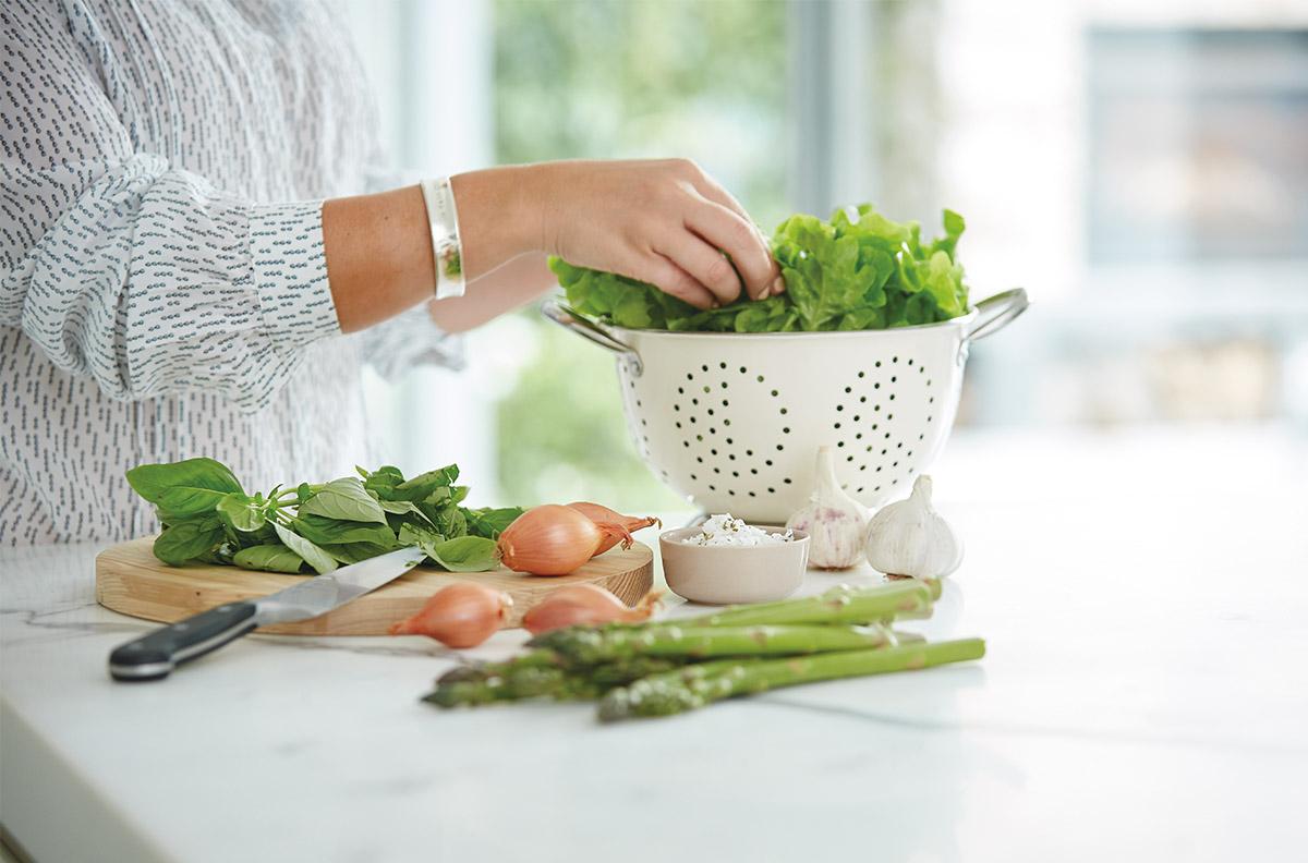 Baptcare, The Orchards - salad food preparation